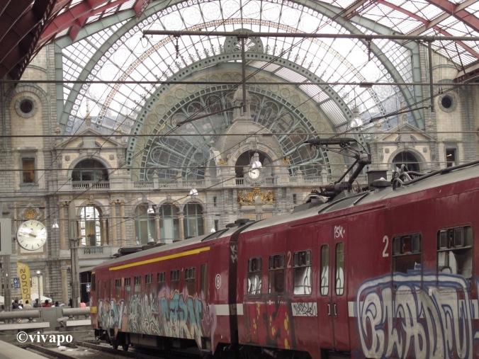 treinstel grafitti
